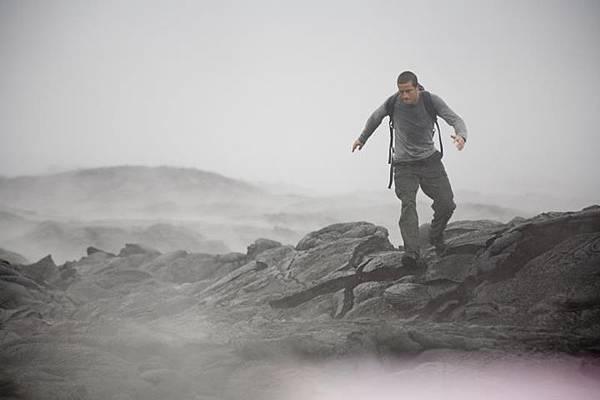 荒野求生專家-Bear Grylls (4).jpg