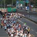 2011富邦台北馬拉松,12萬大軍來勢洶洶! (5).jpg