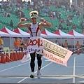高雄國際馬拉松 ─ 港都地標一覽無遺! (27).jpg