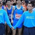 【主題賽事】-『2012 新北市萬金石國際馬拉松,向著細雨迷霧的海岸奔馳吧!』 (3)