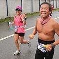 【主題賽事】-『2012 新北市萬金石國際馬拉松,向著細雨迷霧的海岸奔馳吧!』 (20)