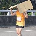 2012臺北國道馬拉松,充滿熱氣的柏油路 (8)