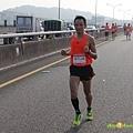 2012臺北國道馬拉松,充滿熱氣的柏油路 (11)