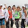 2012臺北國道馬拉松,充滿熱氣的柏油路 (15)