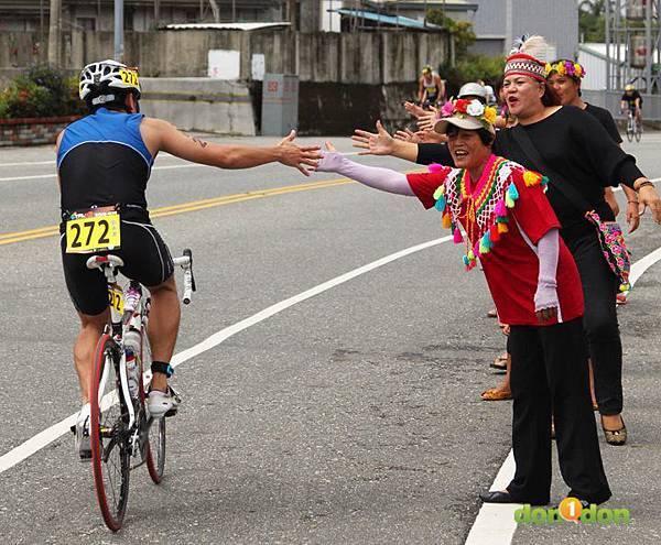 【主題賽事】-『2012台東活水湖國際鐵人三項賽,來挑戰全台最優質的賽場!』 (26)