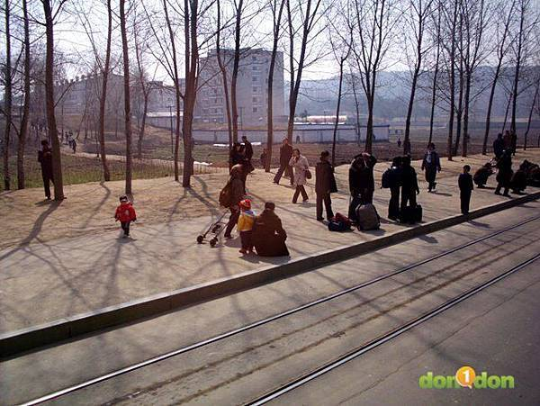【小編報馬仔】-『張嘉哲的神秘之旅,前進北韓馬拉松』 (6)