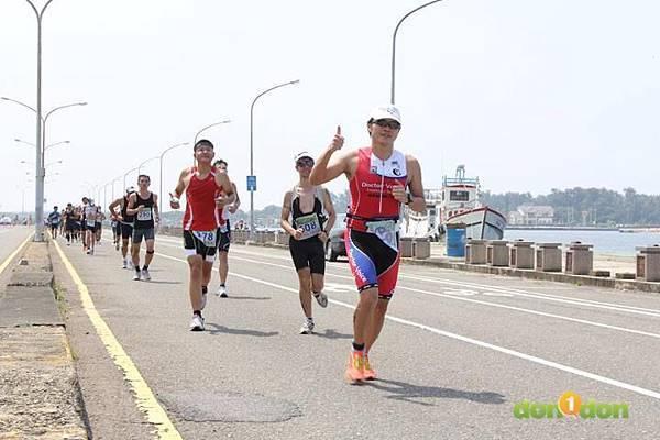 【主題賽事】-『2012台南安平國際鐵人三項錦標賽,和陽光奮力一搏』 (15)