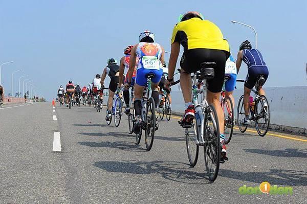 【主題賽事】-『2012台南安平國際鐵人三項錦標賽,和陽光奮力一搏』 (28)