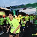 【主題賽事】-『2012PUMA螢光夜跑台北站,一場盛大的螢光party』  (4)