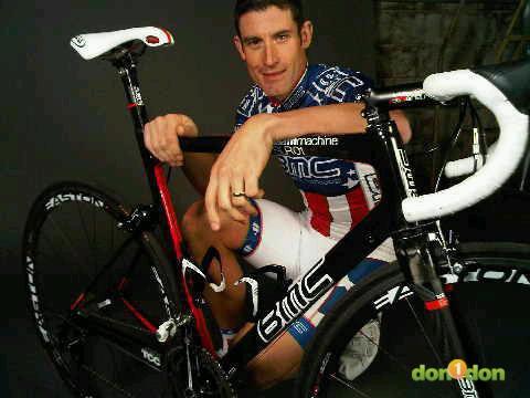 自行車賽場上犧牲奉獻的精神代表George Hincapie