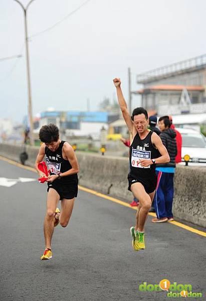 【嘉哲的真男人日記】-『我在北體跑步的日子第三章-迎向陽明山下的落山風、閃過在跑道上散步的民眾,歡迎來到競技運動員的天堂。』 (1)