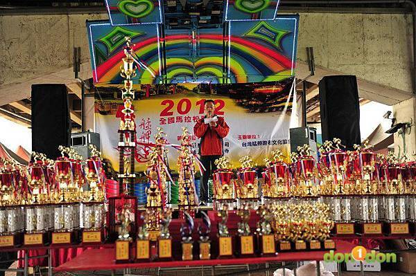 【主題賽事】-『2012艋舺盃全國馬拉松,豪雨打水仗』 (7)