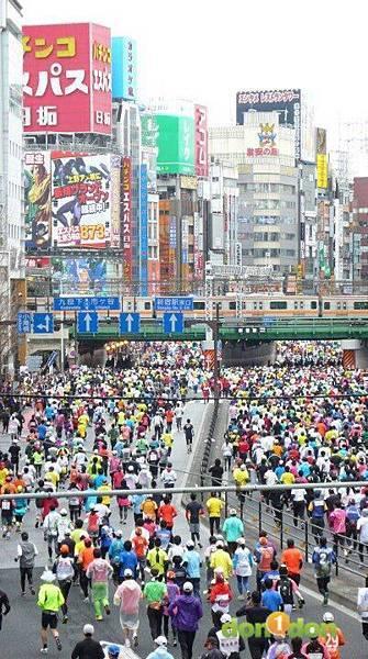 【曉陽的42公里玩樂行】-『東京馬拉松的冒升』2