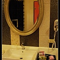 【新北住宿】中和。艾森堡時尚會館。愛馬仕HERMES。325派大星房