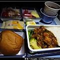 雪梨遊記。華航飛機餐。水族館魚排餐
