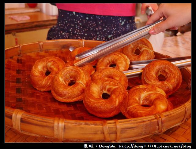 【嘉義食記】奮起湖現烤甜甜圈。星空小屋旁