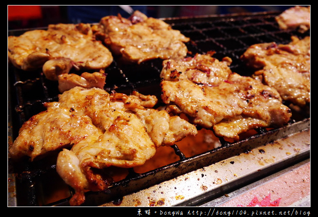 【台南食記】大東夜市。燒烤紐奧良雞腿排。泰式香蕉煎餅