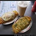 【台中食記】古早味粉漿蛋餅|台農乳品鮮奶茶|一心市場蛋餅