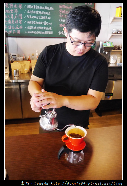 【桃園食記】桃園市區單品咖啡店|SCAA咖啡烘焙大師|紅果子手烘咖啡坊