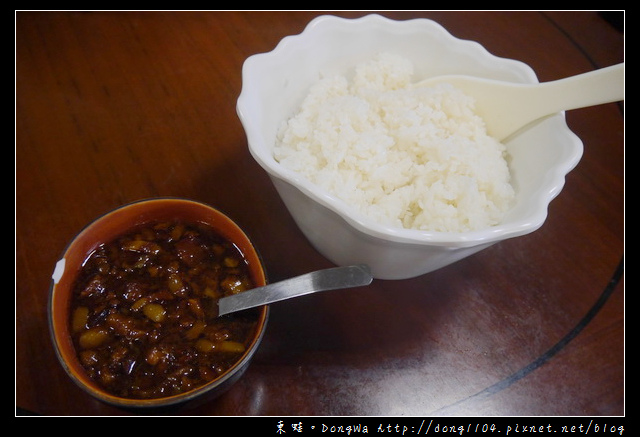 【宜蘭食記】蘇澳傳統精緻台菜料理|招牌魯肉飯吃到飽|耳東小館