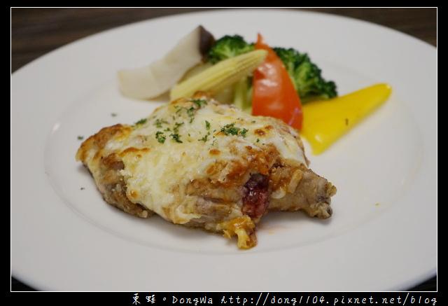 【台北食記】台北信義區世貿美食推薦|西式排餐 團體便當 歐式自助餐|悅香亭餐廳 麗思坊西餐
