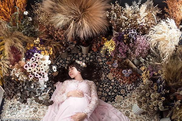 【台中孕婦寫真推薦】LEEBEAR 俐蓓爾攝影工作室|自然互動拍攝風格 孕媽咪的最棒回憶