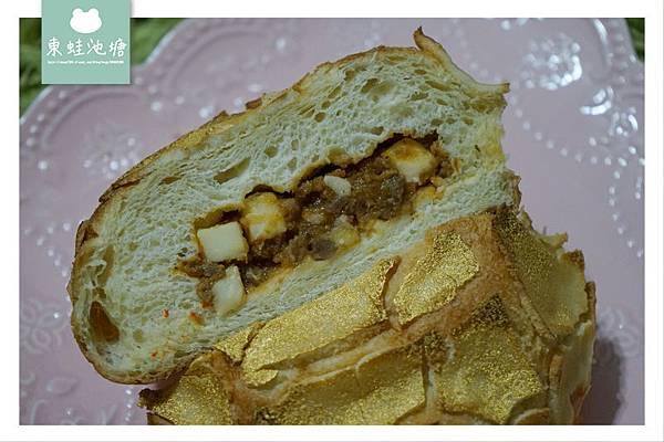 【藝文特區麵包店推薦】世界金廚冠軍 許燕斌手作烘焙 過年必吃真正灑金粉的旺財黃金包