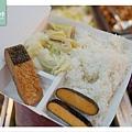 【台北中山區市場美食】大直市場 多樣化素食產品 慈蓮素食店