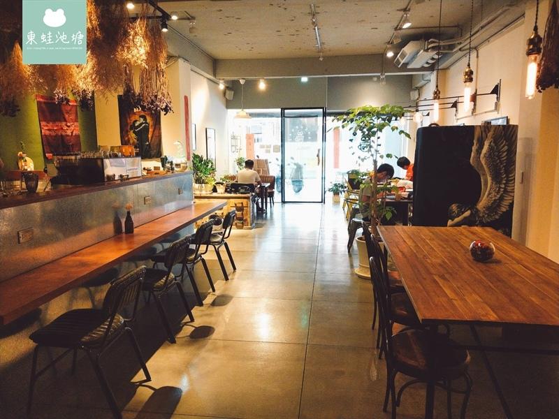 【台中西區咖啡廳推薦】科博館旁的愜意咖啡館.Cupgaze cafe (19).jpg