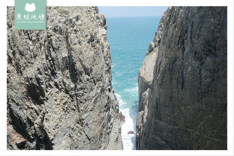 【馬祖東引景點推薦】天王澳天然海蝕崖 烈女義坑 烈女石