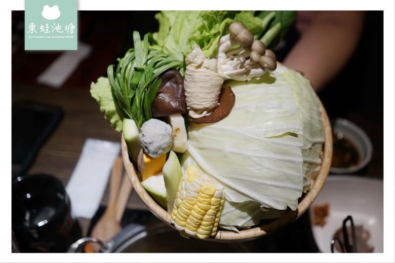 【竹北火鍋推薦】超狂七龍豬雙人套餐 七隻野生小龍蝦+澳洲和牛 堺坊有機農場直送蔬果 Shabushabu