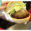 【京都美食推薦】多汁可口神戶牛漢堡 LOTTERIA 京阪出町柳駅店