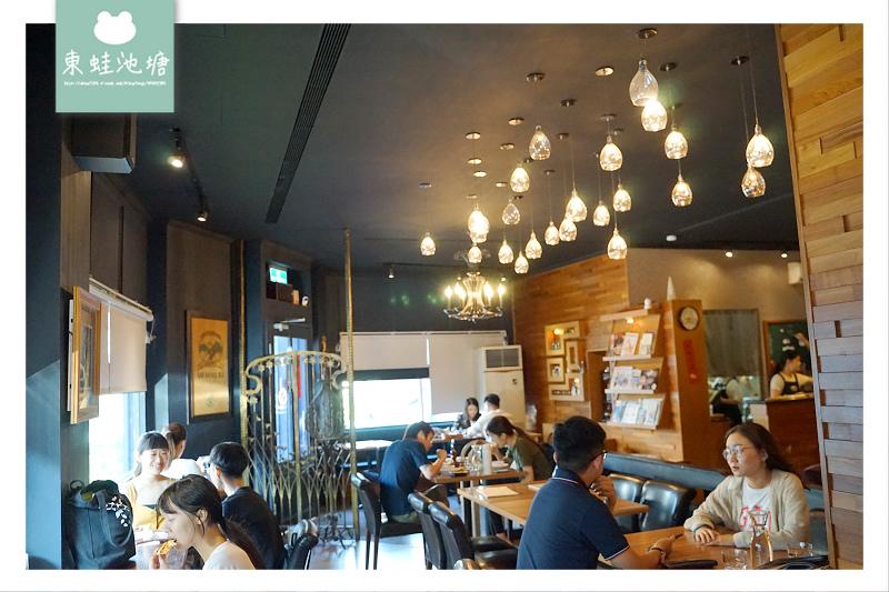 【中壢貓咪咖啡館推薦】舒適用餐環境 美味燉飯下午茶 突奌咖啡喵