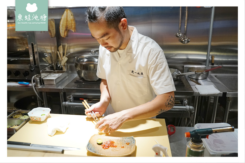 【台北活體海鮮餐廳推薦】比手抓海鮮/海鮮蒸氣鍋更好的選擇 安東建一水產 痛風手抓活體海鮮盤
