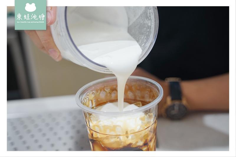 【桃園咖啡館推薦】黑糖黑玉拿鐵 台中珍奶節雙冠王 黑沃精品咖啡桃園經國店