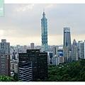 【台北信義區免費景點推薦】TAIPEI 101 最佳觀賞點 象山步道 象山攝手平臺