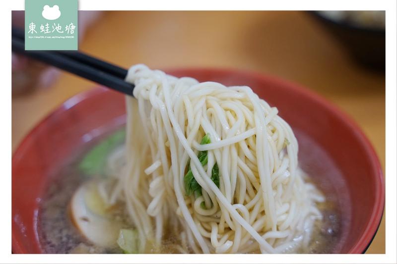 【新北金山小吃推薦】好吃滷肉飯/麻辣鴨血 喆品食堂