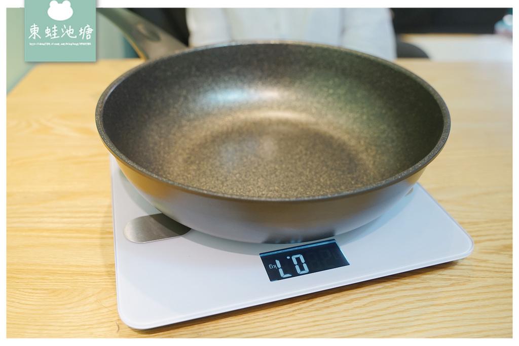 【炒鍋推薦】鍋內無鉚釘更衛生 重量輕盈不手痠 mama cook 義大利鈦金石好寶炒鍋