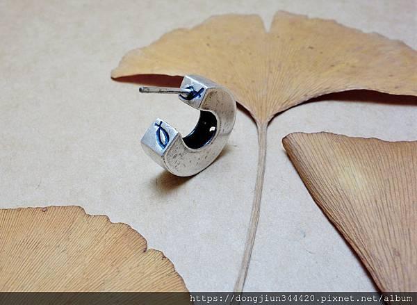 瑞比夏至客製一體兩面耳環作品