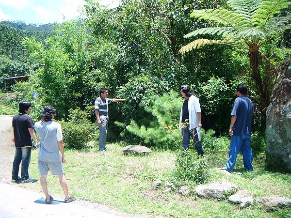 20100716東山自然休閒步道確認4個入口處&3處休憩點設置位置與模式 (3).JPG