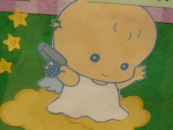 小天使幹嘛拿槍?