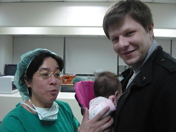 爸爸跟羅良明醫師