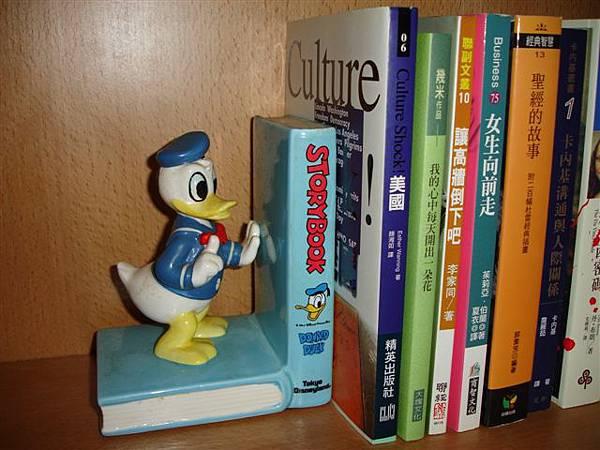 日本迪士尼書架