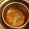 紅蘿蔔sausage soup