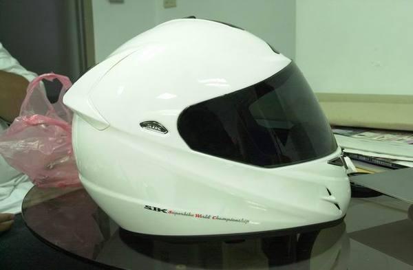 SBK X7R側面