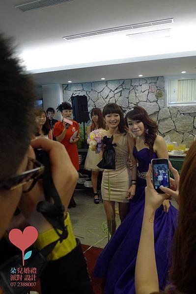 小虹帽與大野郎 (高雄 西子灣沙灘會館)--高雄婚禮顧問 婚佈  朵兒婚禮派對設計 16