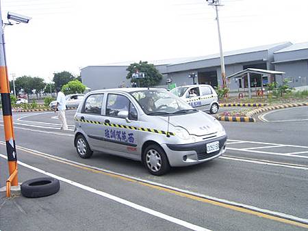 台中市西苑駕訓班(直線加速)