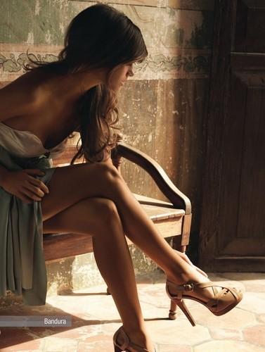 high,heels,legs,sensual,sexy,glae,inspiration-30e5d028267d7d357b61c9cbca18bd43_h.jpg