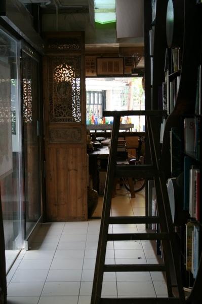 蠹行古書店24.jpg