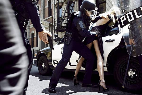 state-of-emergency-by-steven-meisel-10.jpg